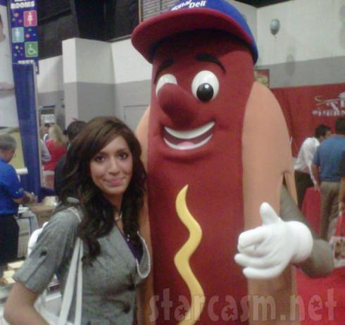Farrah Abraham gettign friendly with a huge wiener