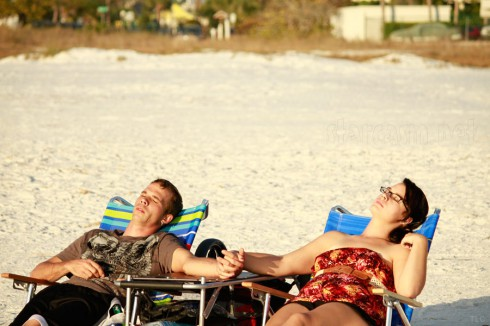Jeremiah Raber and his rumored new girlfriend at the beach in Florida