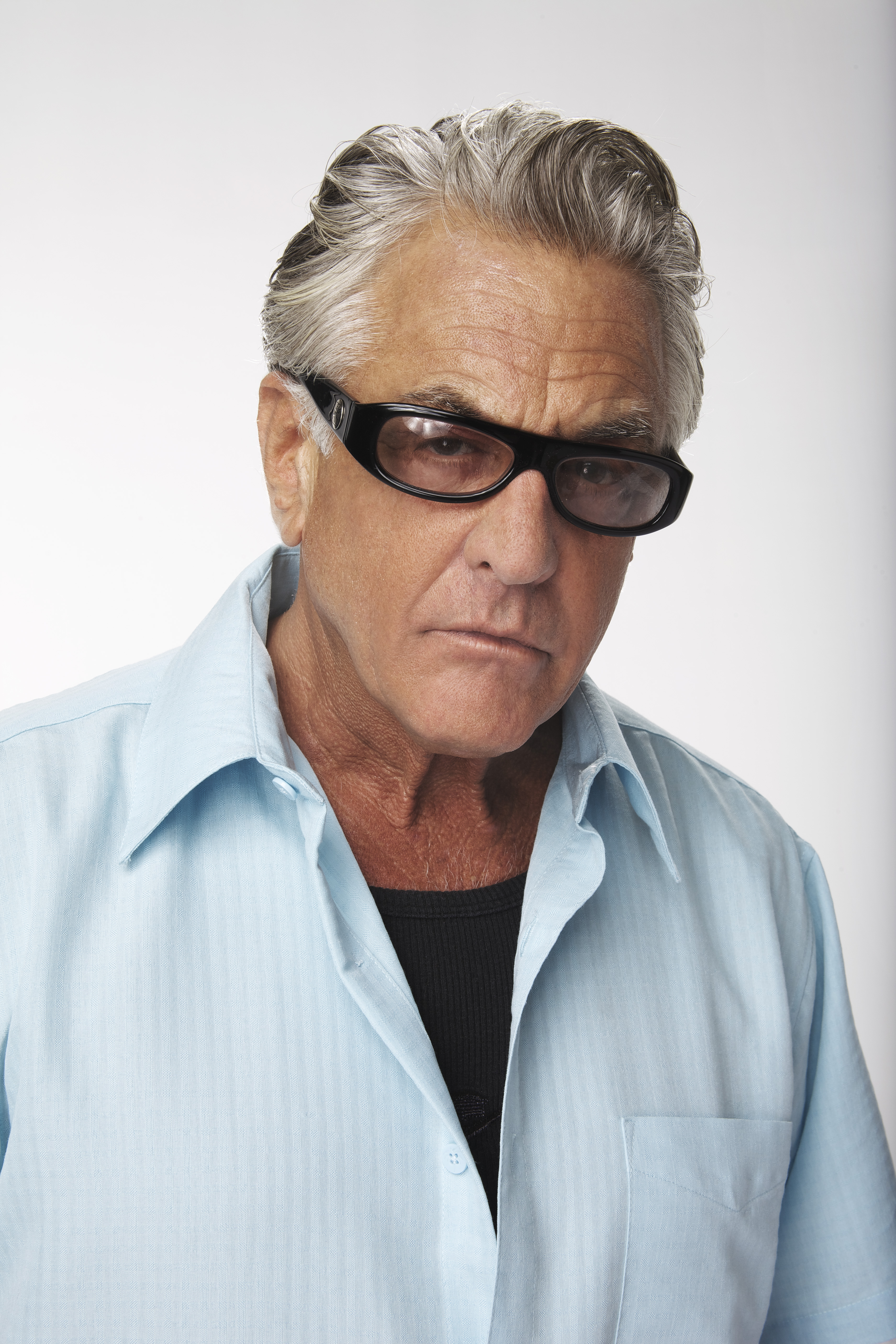 "Barry Weiss to leave ""Storage Wars"" after the fourth season"