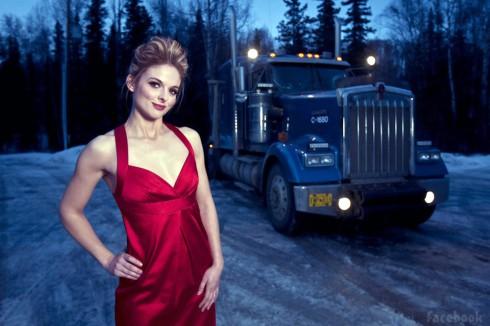 Lisa Kelly cuts pretty figure on Ice Road Truckers - NY