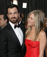 Justin-Theroux_Jennifer-Aniston_TN