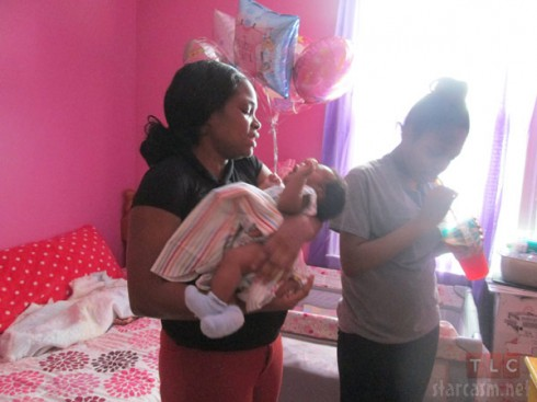 Lemhele Hunt and daughter Shaniya Hunt My Teen Is Pregnant and So Am I TLC Bronx