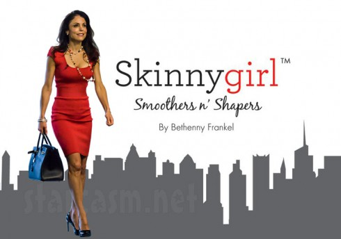 Bethenny Frankel as Skinnygirl logo in Skinny Girl red dress