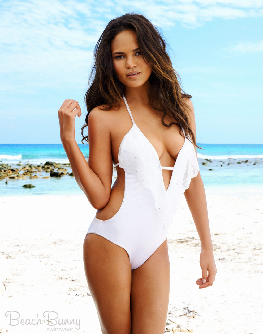 PHOTOS Chrissy Teigen models bikinis from her Beach Bunny Bridal ...
