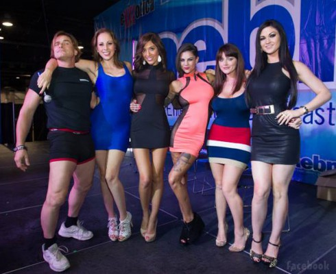 "Farrah Abraham Exxotica Chicago ""Everything you want to know about porn (but were afraid to ask)"" panel with Evan Stone, Gianna Michaels, Bonnie Rotten, Sophie Dee and Kendall Karson"