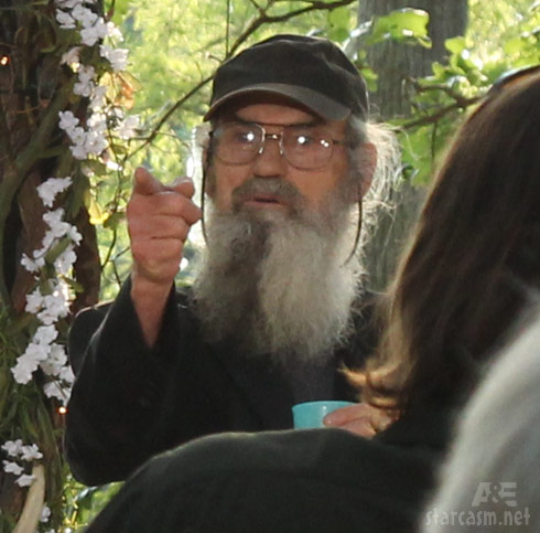 Uncle Si at the Phil Robertson and Miss Kay vow renewal ceremony