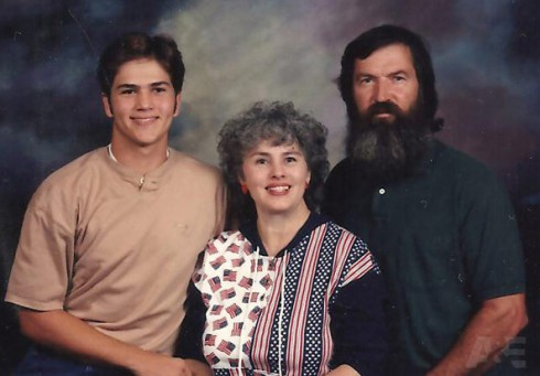 Duck Dynasty Phil Robertson Ms. Kay Jep Robertson before the beard throwback family photo