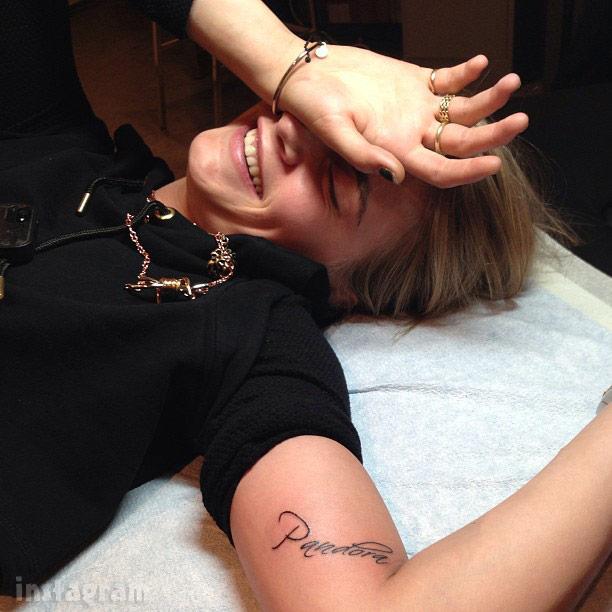 PHOTOS Rita Ora's new huge Alberto Vargas pin-up tattoo ...