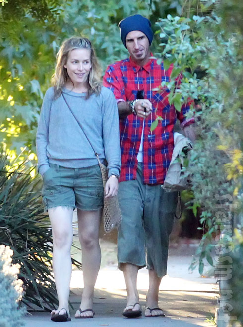 Piper Perabo with fiance Stephen Kay