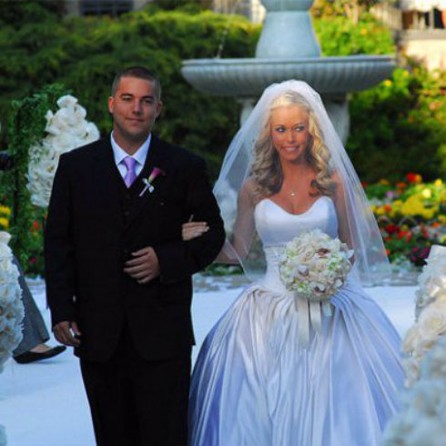 Colin Wilkinson And Kendra Down Aisle