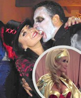 Kyle_Richards_Mauricio_Umansky_Kim_Richards_Halloween_2013_tn