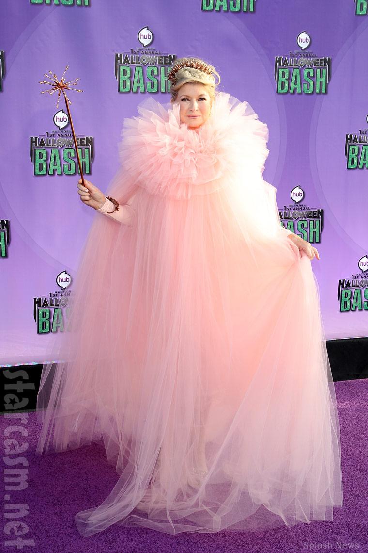 PHOTOS Martha Stewart in pink Fairy GrandMartha costume at Hub ...