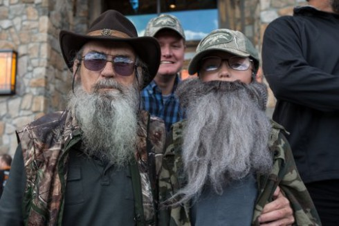 Duck Dynasty stars surprise fans at lookalike contest — Reality Tea