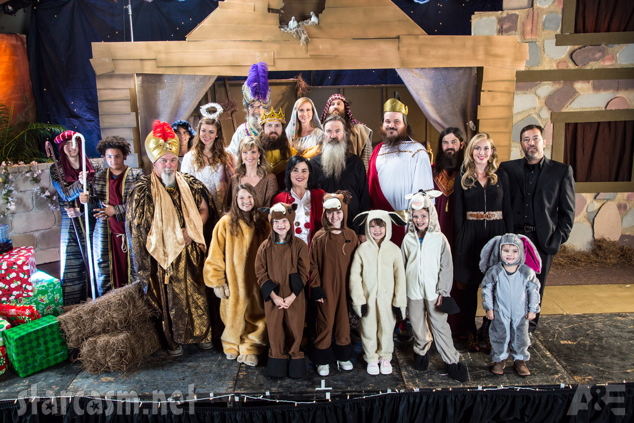 2013 Duck Dynasty Christmas Special photos: The Robertson family ...