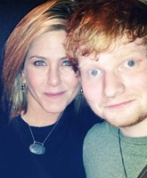 Jennifer_Aniston_Ed_Sheeran_Thanksgiving_tn