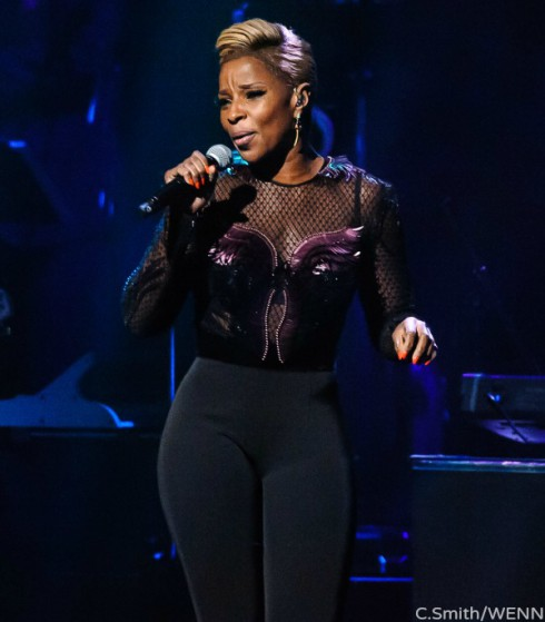 Mary J Blige In Shape