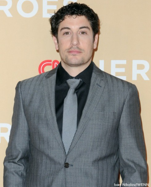 Jason Biggs - The Bachelor Tweets