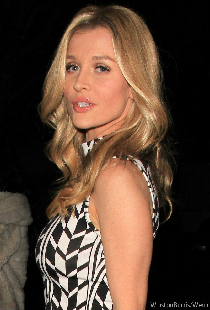Rhom s joanna krupa joins long list of housewives with financial