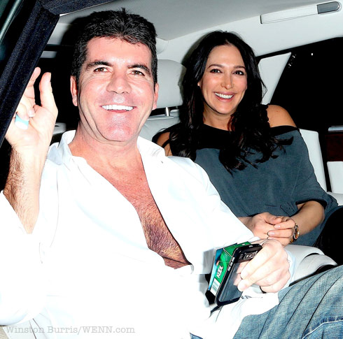 Simon Cowell boards private jet to NYC to not see birth of son