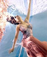 Adriana_de_Moura_underwater_tn