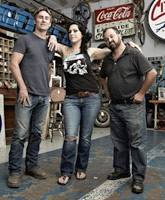 American_Pickers_Mike_Danielle_Frank_tn