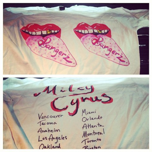 Miley Cyrus concert tour shirt photo