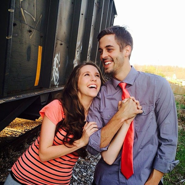 19 Kids And Counting S Jill Duggar And Derick Dillard: PHOTOS 19 Kids And Counting's Jill Duggar's Engagement Details