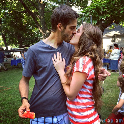 PHOTOS Derick Dillard and Jill Duggars wedding rings plus 4th of