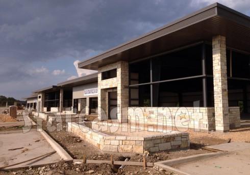 Farrah Abraham restaurant building