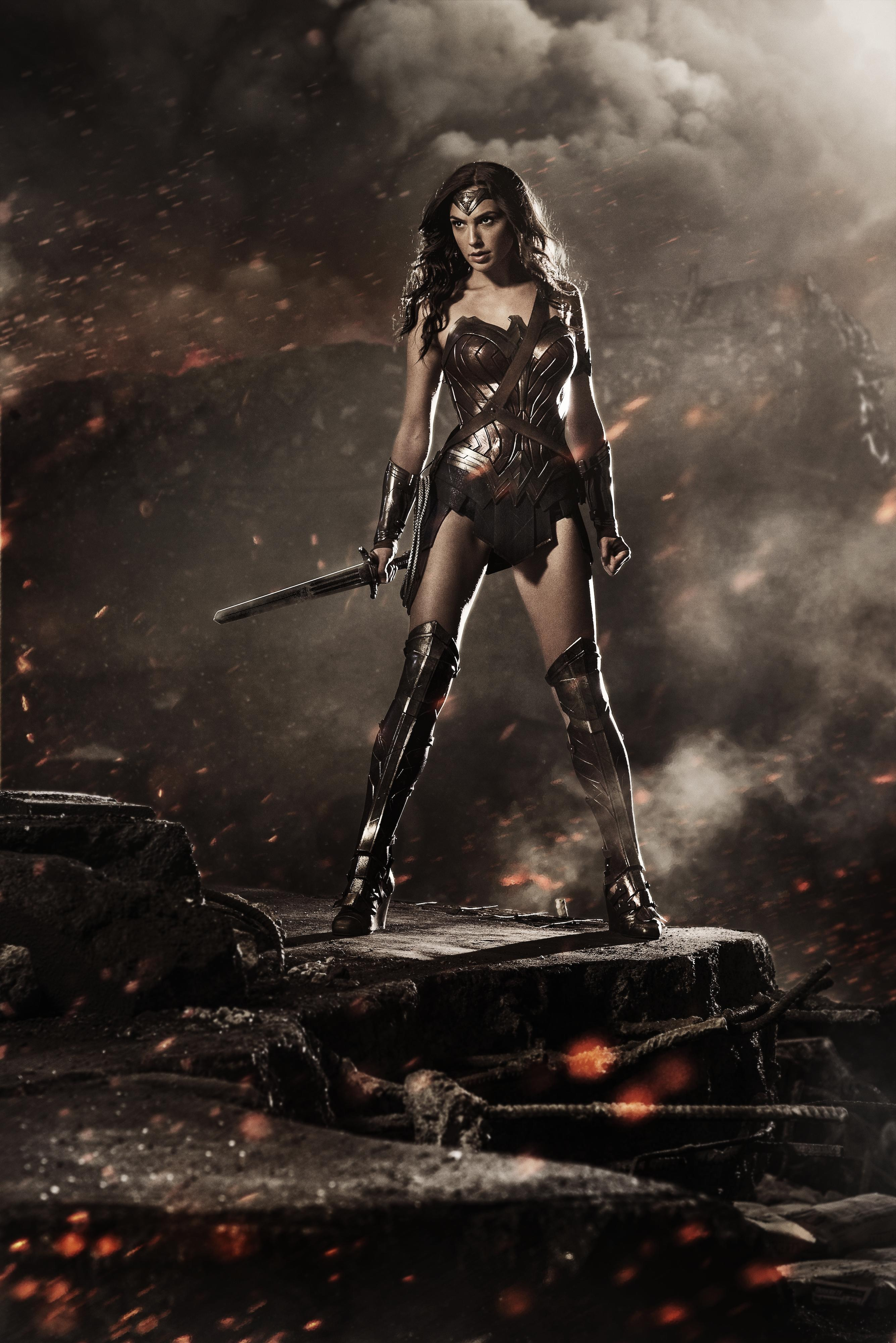 Gal Gadot as Wonder Woman photo revealed at Comic-