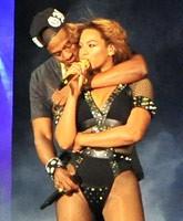 Jay-Z_Beyonce_concert_Paris_tn