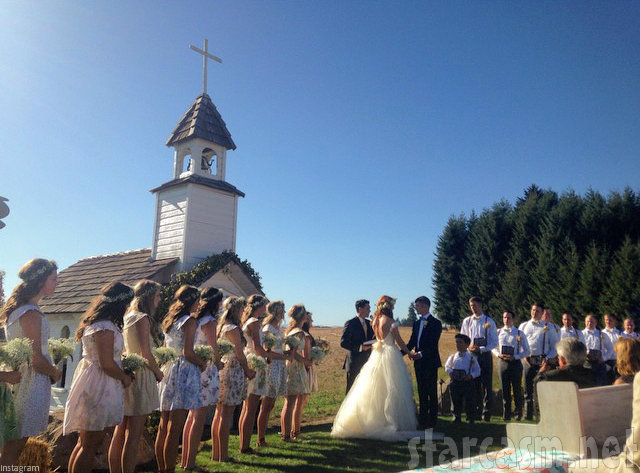 Video photos little people big worlds jeremy roloff married roloff wedding jeremy roloff junglespirit Image collections