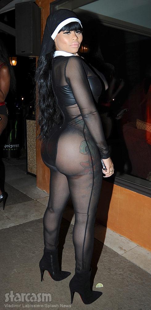 Big booty nun