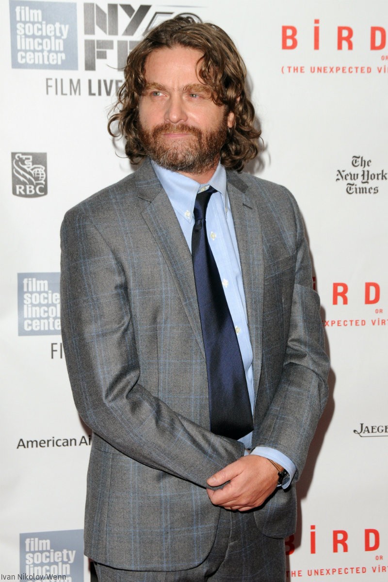 BEFORE  amp  AFTER Zach Galifianakis    weight loss on display at first    Zach Galifianakis Weight Loss 2013