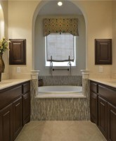 Farrah Abraham's house for sale bathroom tub 26