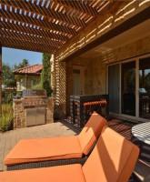 Farrah Abraham's house for sale back patio