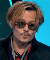Johnny_Depp_drunk_Hollywood_Film_Awards_tn