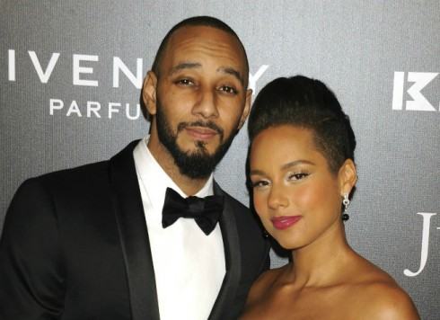 Pregnant Alicia Keys Big Feature