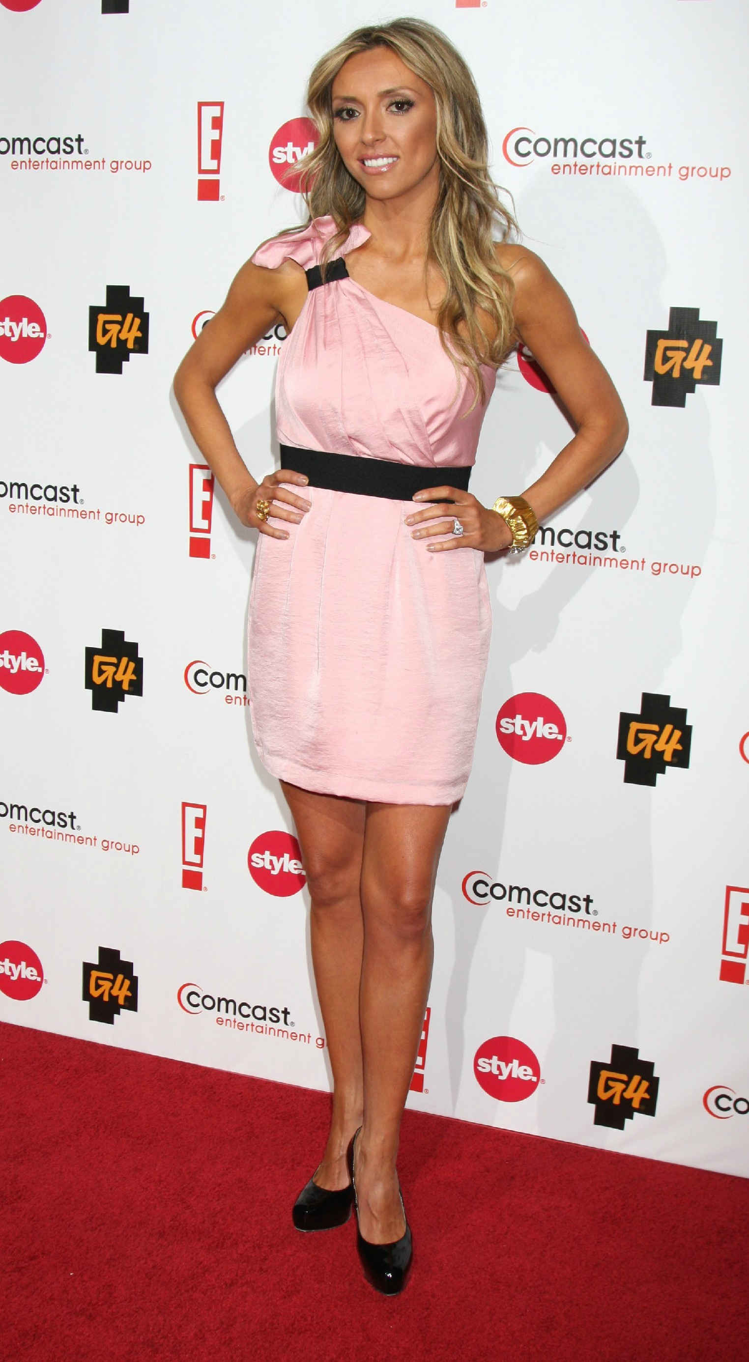 why is giuliana rancic so skinny? does she have an eating disorder?