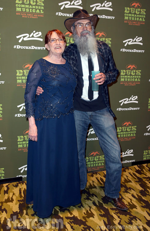 Photos Uncle Si Robertson S Wife Christine Makes Rare