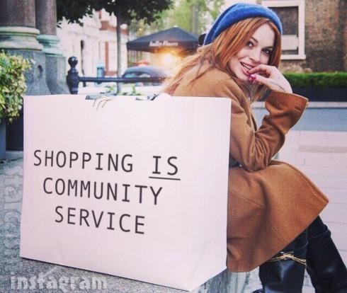 Lindsay_Lohan_shopping_490