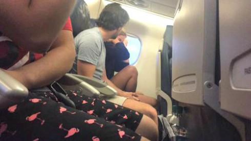 Plane Breakup Tweets