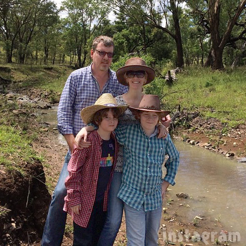 Alex McCord Simon van Kempen and their kids move to Australia