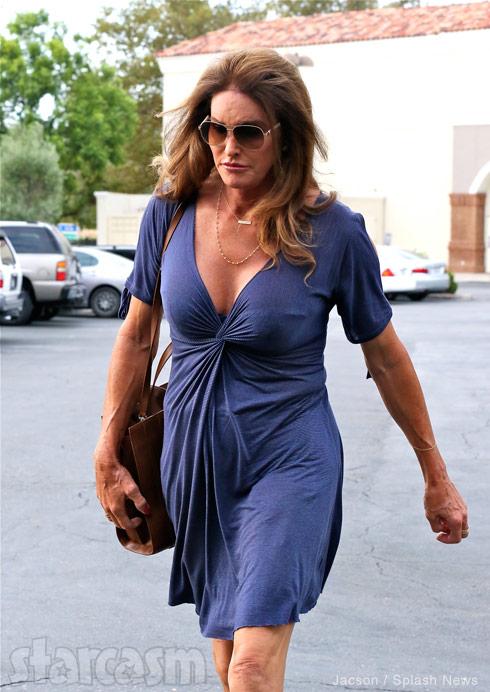 Caitlyn_Jenner_blue_dress.jpg
