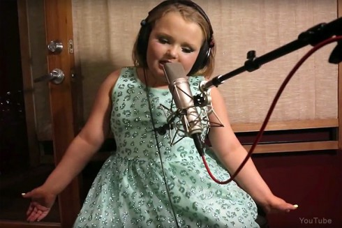 Honey Boo Boo song Movin Up music video