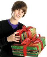 Justin_Bieber_package_dad_tn