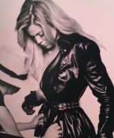Khloe Kardashian illness 1