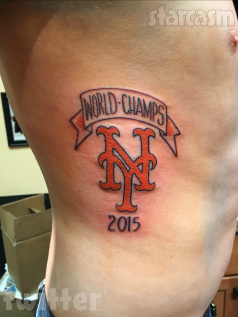 baseball fan josh davis tattoos mets world series champs before the mets lost the world series. Black Bedroom Furniture Sets. Home Design Ideas