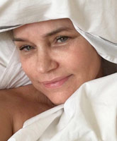 Yolanda_Foster_sheets_tn