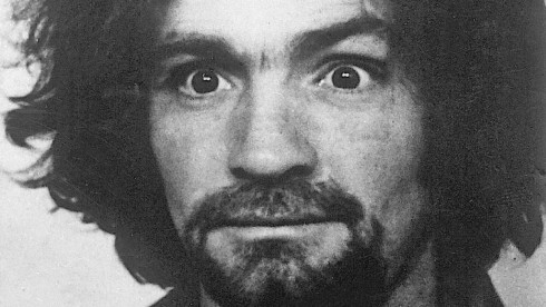 BREAKING: Convicted mass murderer Charles Manson dies aged 83 Charles-Manson-490x276